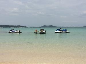 沖縄でジェットスキーをしませんか^^??