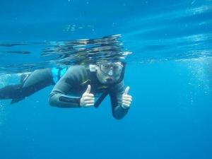沖縄の青の洞窟でシュノーケルをしませんか^^?