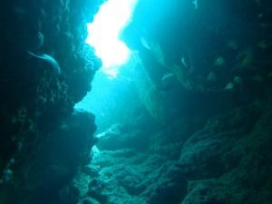 沖縄の洞窟とは?