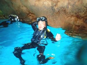 青の洞窟シュノーケルと熱帯魚体験ダイビング